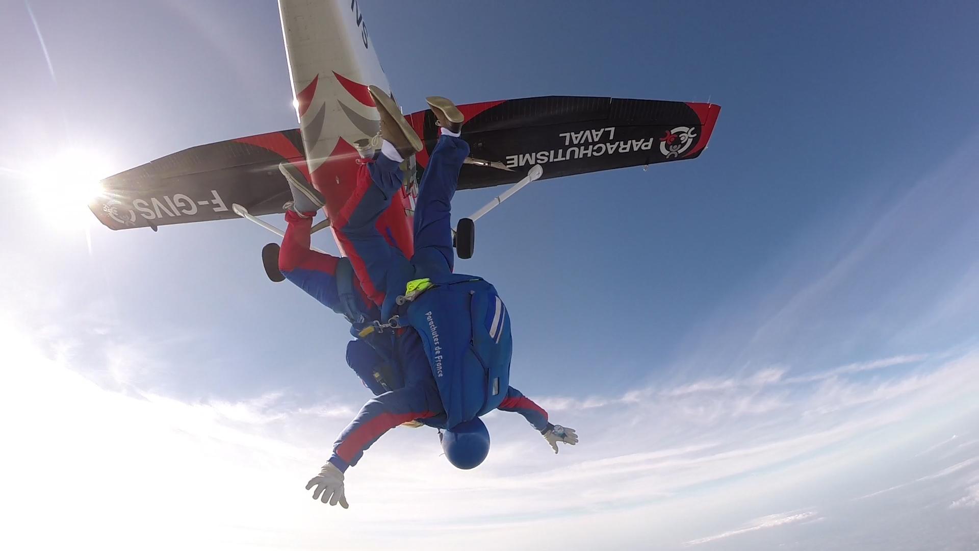 Parachutisme-Laval_header_choix_003